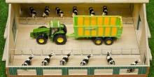 Stáj pro kravičky s volným stáním KIDS GLOBE FARMING
