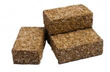 Balíky hranaté s krmivem a stelivem GLOBE