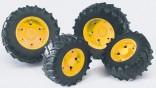 Dvojmontáž pneumatik se žlutými ráfky série 3000 BRUDER 03314