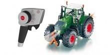 SIKU 6880 Traktor FENDT 939 na dálkové ovládání 1:32