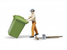 Figurka muž pracovník s nářadím a popelnicí WORLD BRUDER 62140