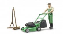 Figurka muž zahradník se sekačkou a příslušenstvím bworld BRUDER 62103