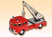 Auto MB 335 hasiči s jeřábem