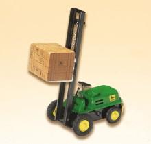 Vysokozdvižný terenní vozík JOHN DEERE s nákladem