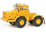 SCHUCO 450771800 Traktor KIROVEC K-700A žlutý 1:32