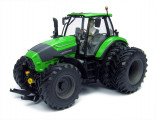 UNIVERSAL HOBBIES UH 4296 Traktor DEUTZ FAHR 7250 TTV 6 ROUES 1:32
