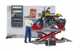 Stavebnice BRUDER 62102 motodílna s figurkou BWORLD