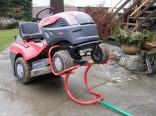 Zvedák zahradních traktorů do 220 kg kolébkový